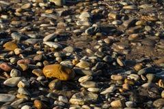 Roches et eau abstraites Photos libres de droits