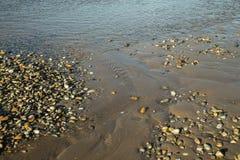 Roches et eau abstraites Photographie stock