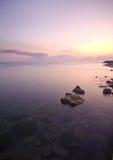 Roches et le lever de soleil Image stock