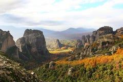 Roches et monastères de Meteora Image libre de droits