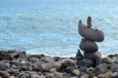 Roches et océan Image stock