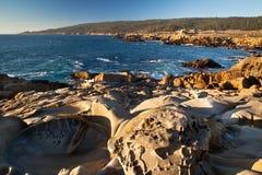 Roches et océan Photo libre de droits