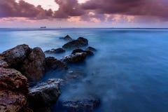 Roches nuageuses Images libres de droits
