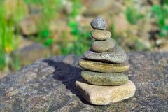 Roches sur des roches Photo stock