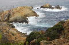 Roches sur la mer Images libres de droits