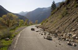 Roches sur la route Image libre de droits