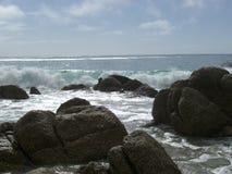 Roches sur une plage Images stock