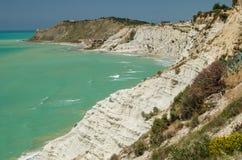 Roches turques près d'Agrigente (Sicile) photos libres de droits
