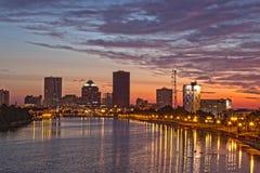 Rochester NY, USA horisont på gryning Arkivfoton