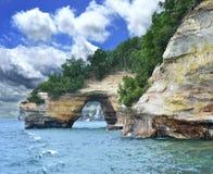 被生动描述的Rock国家湖岸 免版税库存图片