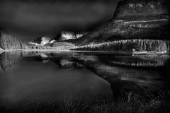 红色Rock湖 图库摄影