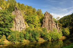 Rock above the river Royalty Free Stock Photography