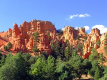 Eroded red rocks and hoodoos in Red Canyon State Park Stock Photos
