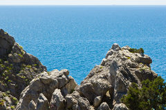 Rock by the sea Royalty Free Stock Images