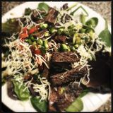 Rock-Steak-Salat Stockfoto