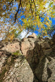 Rock wall and autumn colors Royalty Free Stock Photos