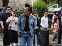 Rockabilly aktörer i Yoyogi parkerar 3 Arkivbild