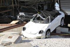 Carro destruído nas consequências do furacão Sandy em Rockaway distante, NY Fotografia de Stock