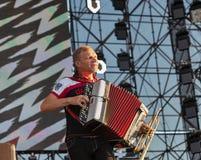 Rockband VV führt am Atlas-Wochenendenfestival durch Kiew, Ukraine Lizenzfreie Stockfotos