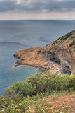 Rockbound griechische Küstenlinie Lizenzfreies Stockfoto