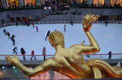 Rockefeller Center Ice skaters and tourists, NYC Stock Images