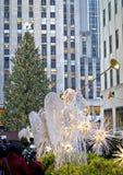 Rockefeller Center Tree och ängel Arkivbilder