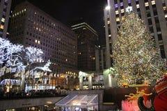 Rockefeller mitt under jul - New York Royaltyfria Bilder