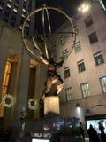 Rockefeller-Mittestatue lizenzfreie stockfotos