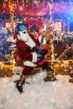 Rocker Weihnachtsmann lizenzfreies stockbild