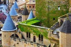 rockera gammala torn Olite Royaltyfri Foto