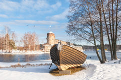 Rockera Olavinlinna Olofsborg på en solig vinterdag En 15th-ce Royaltyfria Foton