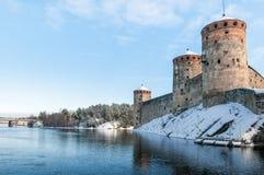 Rockera Olavinlinna Olofsborg på en solig vinterdag En 15th-ce Arkivbilder