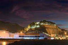 Rockera sikten från havet i Denia, Spanien arkivbild
