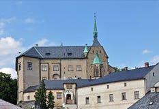 Rockera Sternberk i Moravia och dess omgivning, Tjeckien Arkivbild