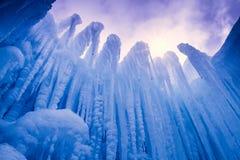 Is rockerar istappar och isbildande Fotografering för Bildbyråer