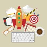 Rocket- und kayboard Firmenneugründungsarbeitsplatz Lizenzfreie Stockfotografie