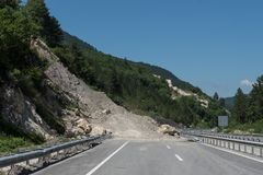 Rockfall on the road Royalty Free Stock Photography