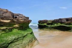 Rockowa formacja na plaży Fotografia Stock