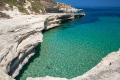 Rockowa plaża w zimie, Malta obrazy royalty free