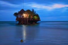 Rockowa romantyczna restauracja Fotografia Stock