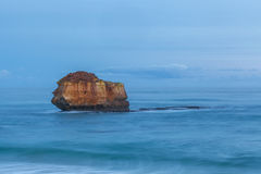 Rockowe formacje przy Childers zatoczką Zdjęcia Royalty Free