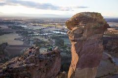 Rockowi arywiści Przy Smith skały stanu parkiem Zdjęcia Royalty Free