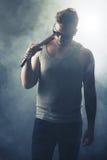 Rockowy artysta Chodzi z sceny Zdjęcia Stock