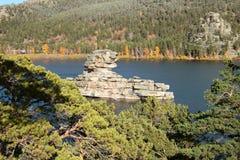 Rockowy jezioro Obrazy Stock
