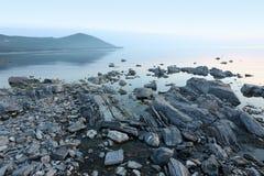 Rockowy wybrzeże, Jeziorny Baikal Fotografia Royalty Free