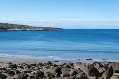 Rockporthaven met blauwe en schone hemel Royalty-vrije Stock Fotografie