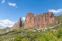 Rocks Mallos de Riglos, Huesca, Espagne images stock