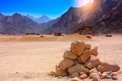 Rocks and mountains in the desert Royalty Free Stock Image