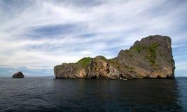 Rocks sea. Ocean water sky Royalty Free Stock Photos