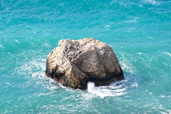 Rocks and sea storm Royalty Free Stock Photography